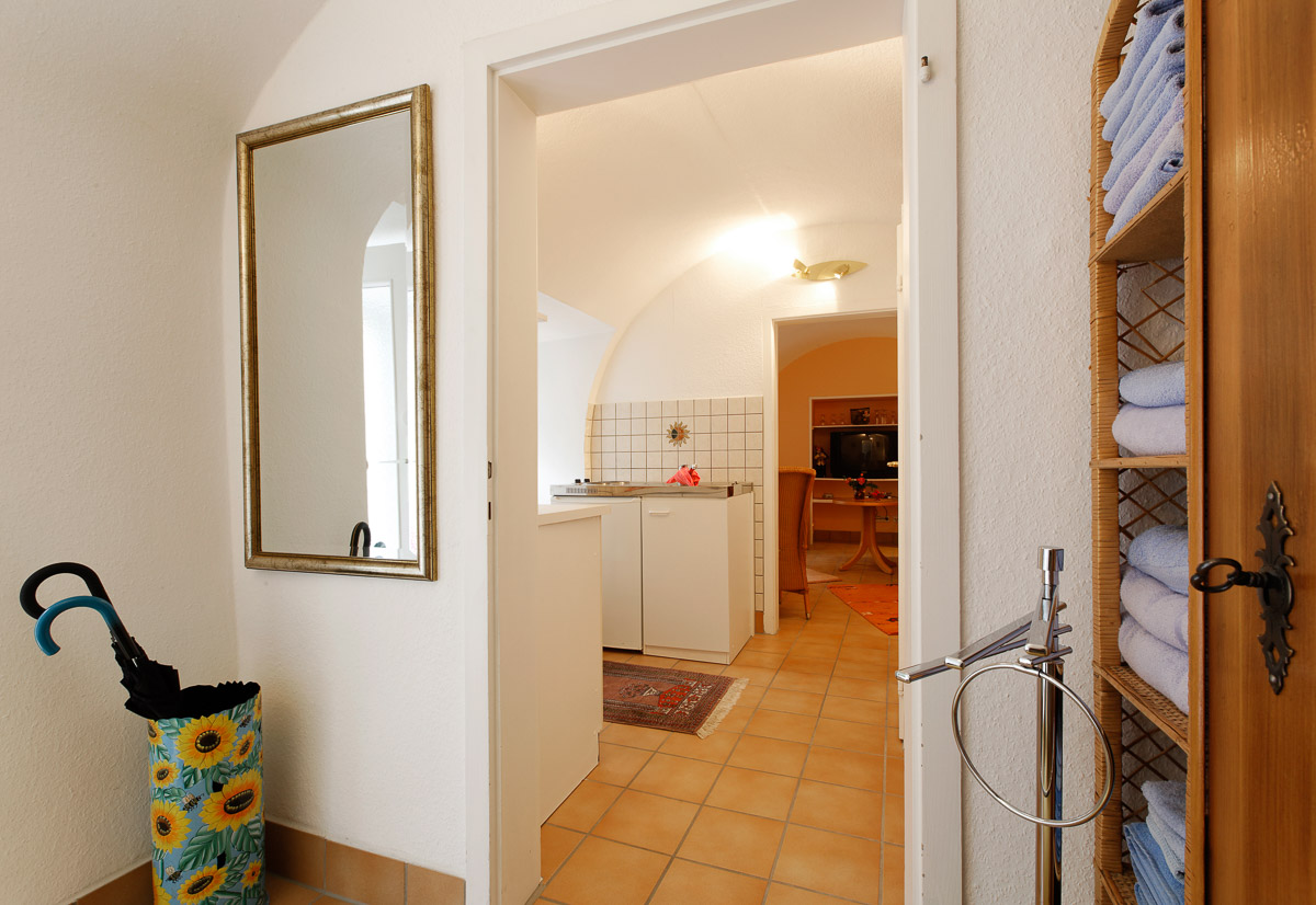 40 qm wohnung ferienwohnung mengeler in freiburg. Black Bedroom Furniture Sets. Home Design Ideas